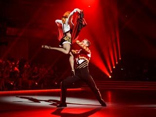 Танцующий холостяк Иракли Макацария:   Девушка - не машина, ее по цвету и модели не выберешь