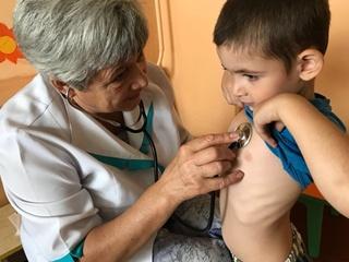 В Херсонской области госпитализировали 15 детей с отравлением из-за выбросов в Крыму