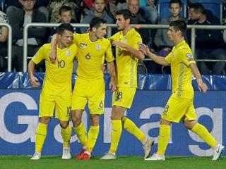 Игры со светом: Украина в Чехии победно дебютировала в Лиге наций