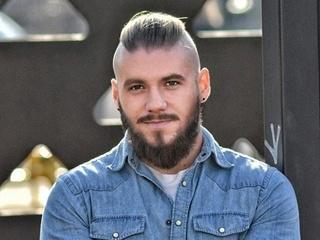 Дело Ананьева: за что задерживали известного блогера и участника АТО