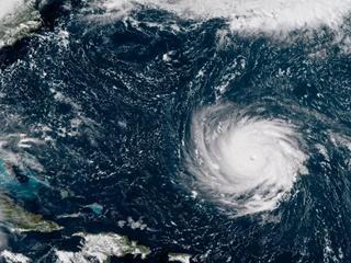 В четверг США накроет самым мощным ураганом за несколько десятилетий