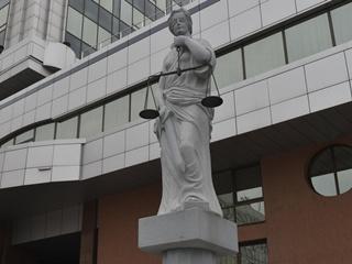Судьи через Конституционный суд пытаются поднять свою зарплату