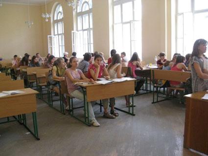 фотографии всех львовских школ