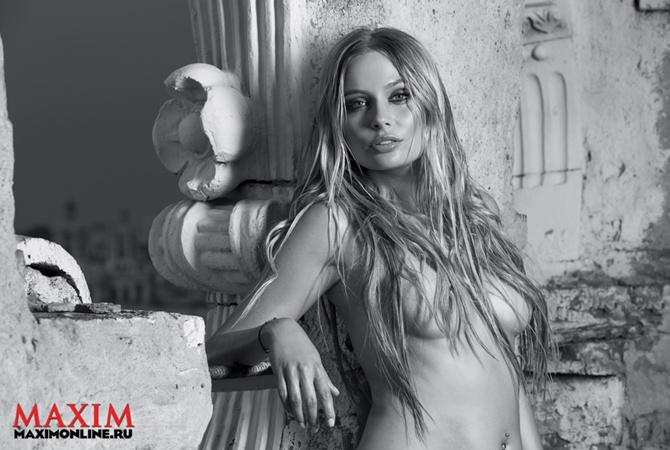 Голая Наталья Рудова на фото из Maxim и в кино
