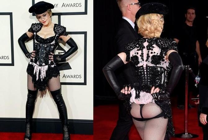 Мадонна показала трусики
