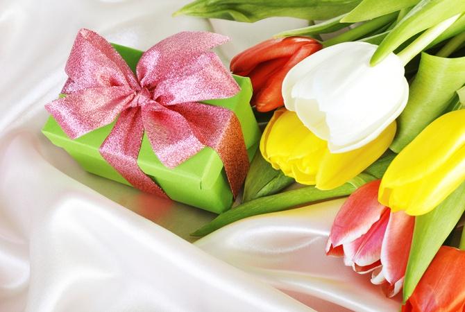 Подарок на 8 марта племяннице воспользоваться службой доставки цветов то есть в нашей фирме
