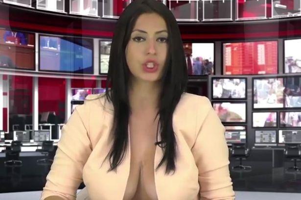 vedushaya-bez-nizhnego-belya-porno-kino-uragan-russkih-izvrasheniy