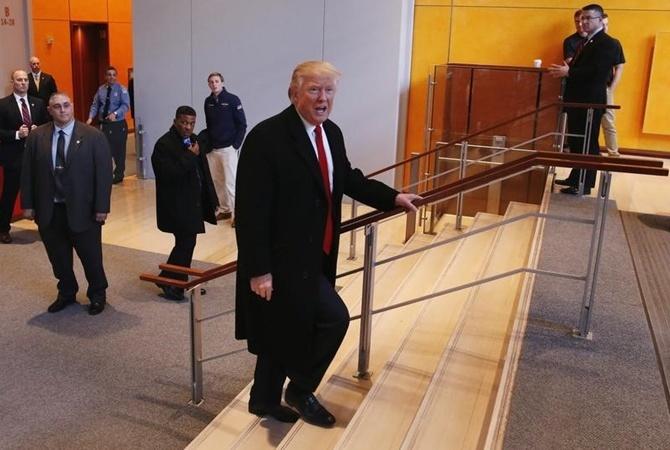 Трамп официально заявил что уходит из бизнеса Трамп заявил что президентство для него важнее