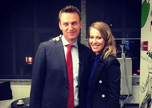 Картинки по запросу навальный и собчак фото
