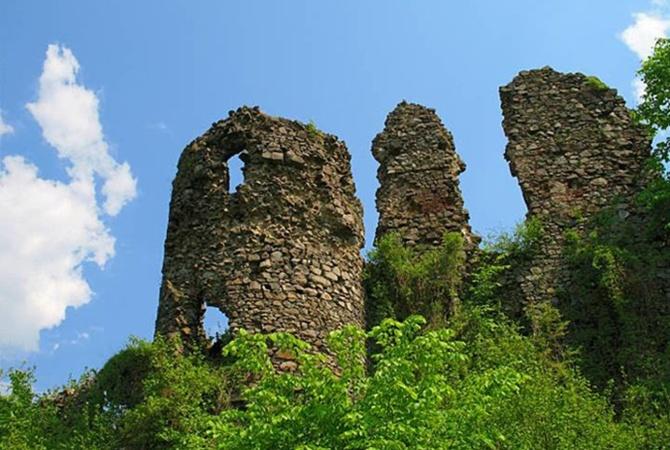 Замок Дракулы - это в Закарпатье 24285247