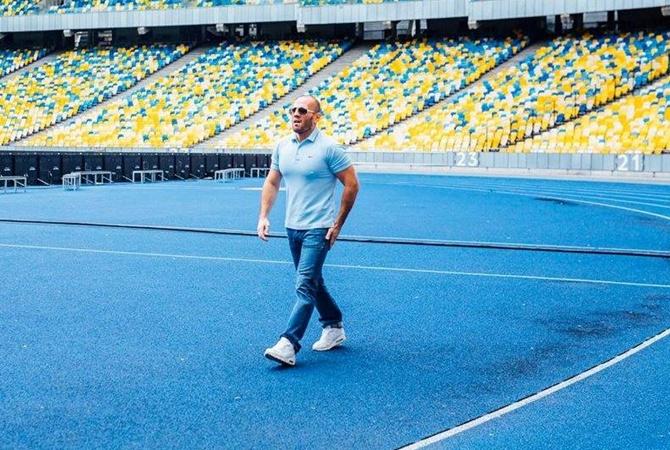 Звезда фильма'Перевозчик посетил Киев для съемок в рекламе Джейсон Стэтхэм