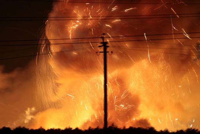 Генштаб: Наместе пожара вКалиновке временами появляются задымления