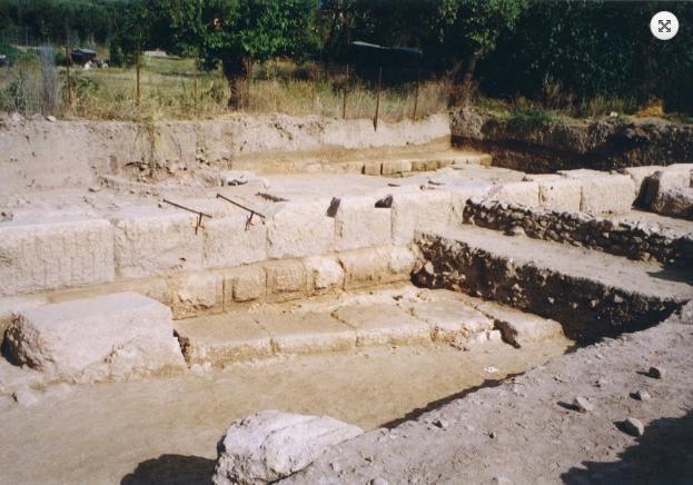 ВГреции археологи обнаружили руины храма Артемиды, который искали неменее 100 лет