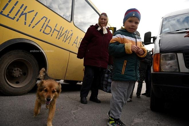 Взрывы нагорящем складе боеприпасов вВинницкой области попали навидео