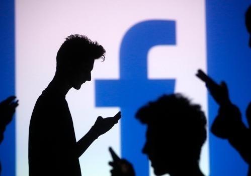 Фейсбук тестирует функцию распознавания лица, как уiPhone X