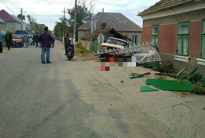 ВОдесской области нетрезвый шофёр насмерть раздавил 3-х бабушек налавочке