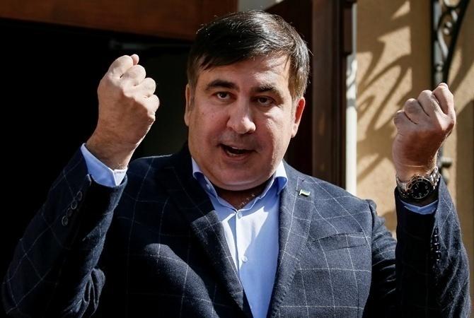 Саакашвили сравнил Порошенко сЯнуковичем ипризвал активистов нерасходиться