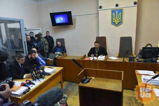 Аваков младший после освобождения иззала суда сразу поехал вМВД