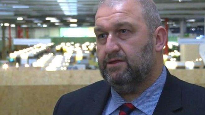 Министр руководства  Уэльса покончил ссобой невыдержав обвинений