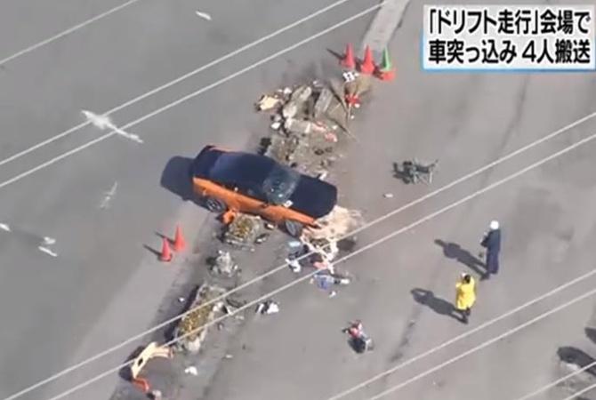 ВЯпонии надрифт-заезде автомобиль врезался втолпу: есть пострадавшие