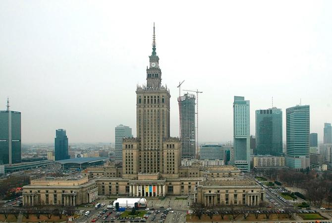 В руководстве Польши предлагают снести сталинскую высотку вВаршаве