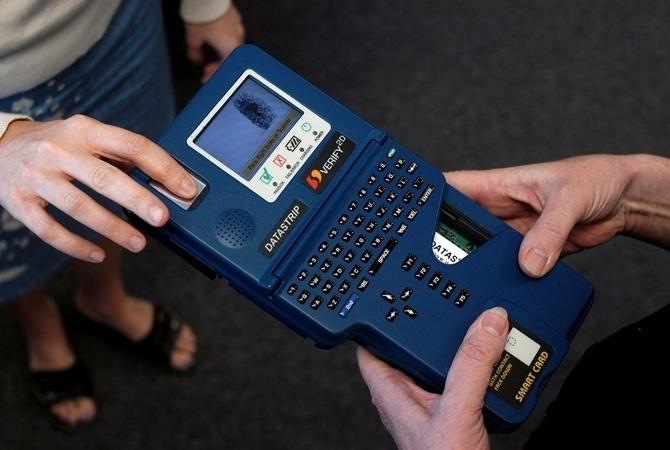 Украина готова ввести биометрический контроль награнице— МВД