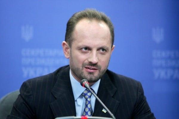 Роман Безсмертный если человек в'черных списках в России то он может быть задержан в Беларуси и Казахстане