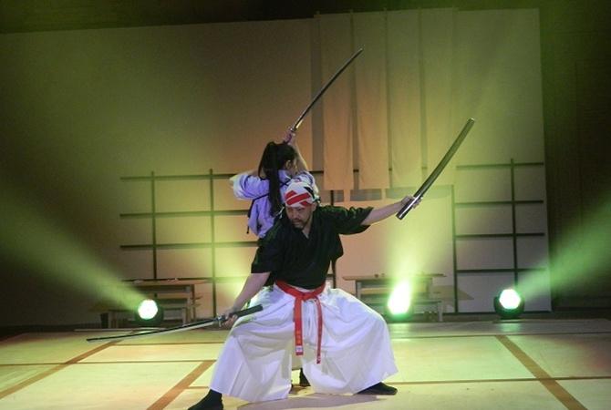Постановщик боевых трюков для кино Тецуро Шимагучи:  Квентин Тарантино действительно сумасшедший