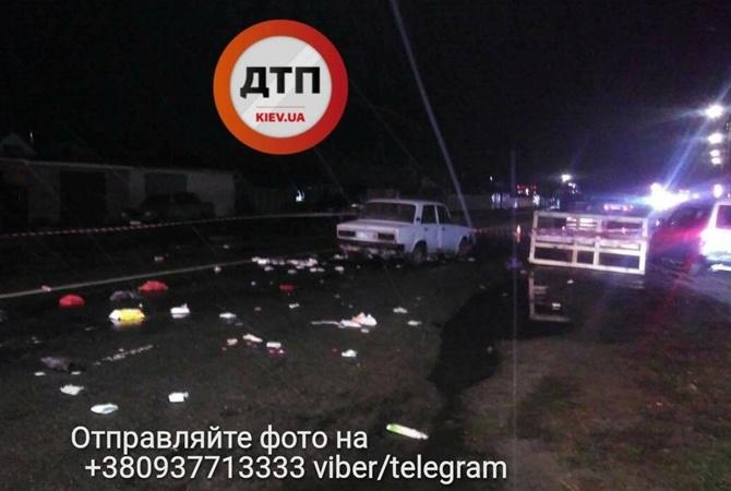 Под Киевом шофёр легковушки сбил 3-х пешеходов и исчез