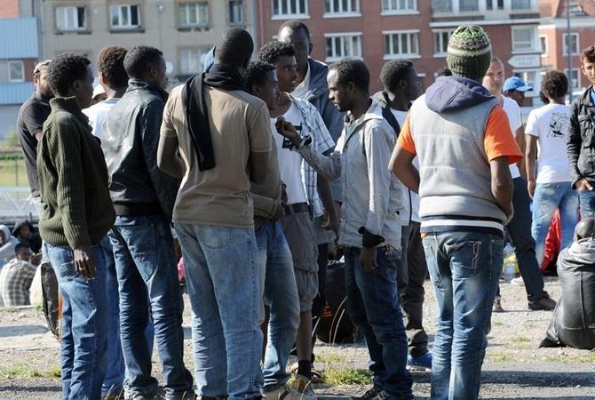 Германия готова поднять валютные выплаты мигрантам завозвращение на отчизну