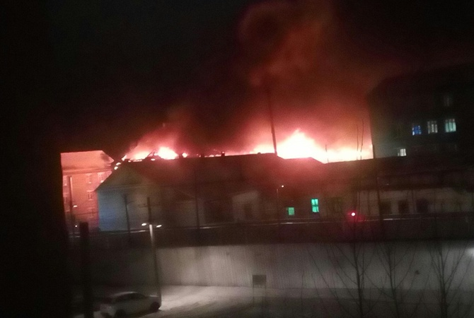Вколонии «Белый лебедь» вПермском крае появился серьезный пожар