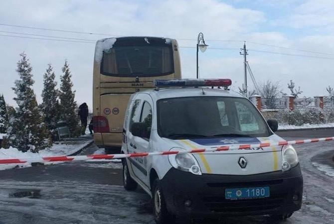 НаЛьвовщине неизвестные напали напольский автобус