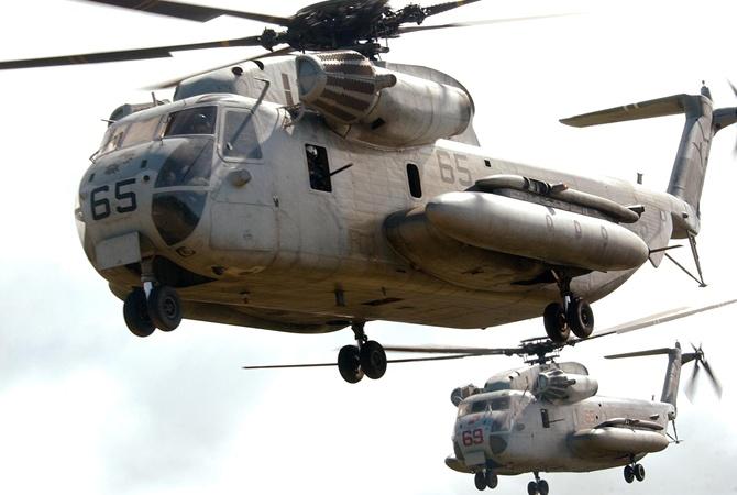Натерриторию японской школы упал фрагмент американского военного вертолета