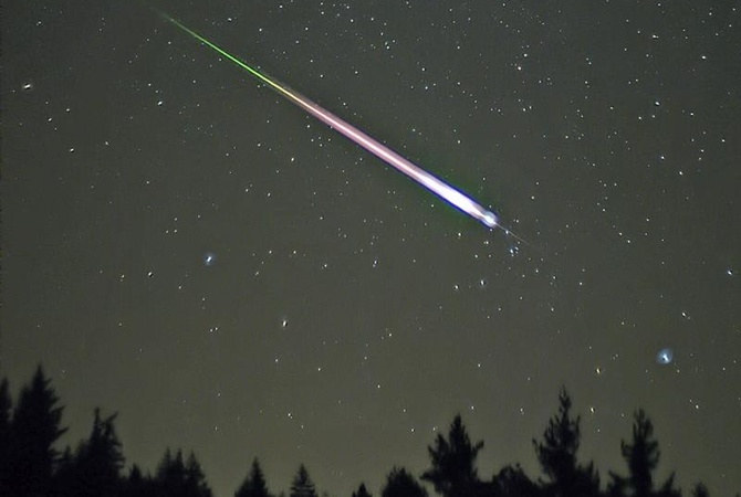 Сегодня ночью над Новосибирском пронесется метеоритный поток