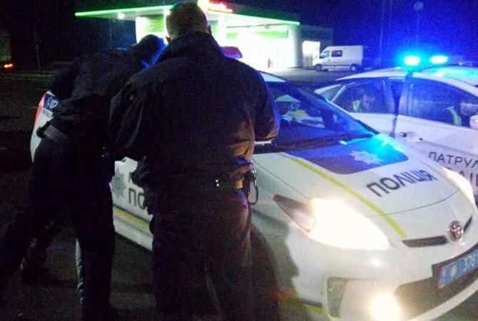 Вмаршрутке под Львовом нетрезвый пассажир бросился сножом натрезвого