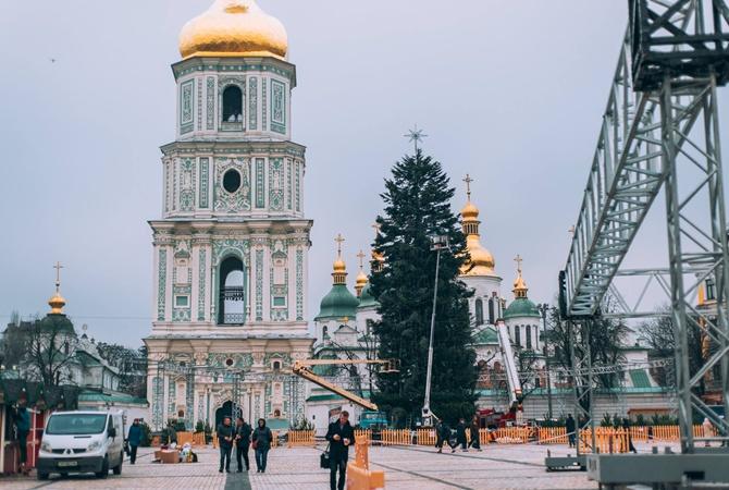 КГГА: Наоткрытие основной  новогодней елки государства Украины  будут пускать через рамки металлоискателей