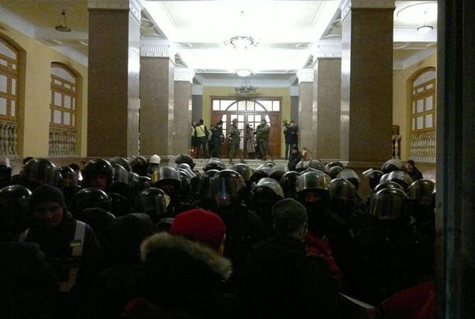 Саакашвили обвинил провокаторов вштурме Октябрьского замка вКиеве