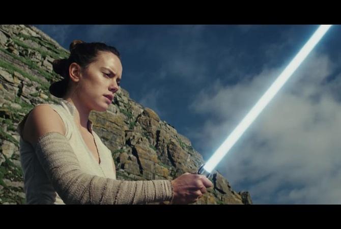Вмировой прокат выходит фильм «Звездные войны: Последние джедаи»