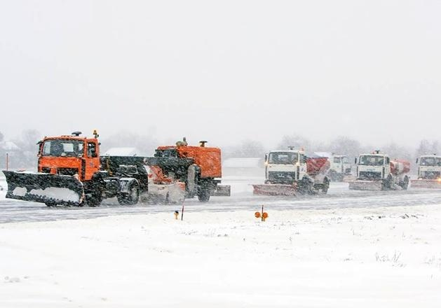 Снежный коллапс вКиеве: из-за непогоды публичный транспорт будет ходить «как сможет»