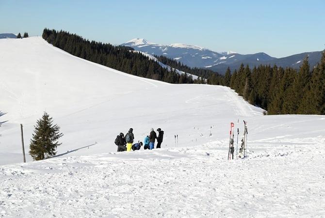 Навыходных вКарпатах ожидают массивные снежные лавины
