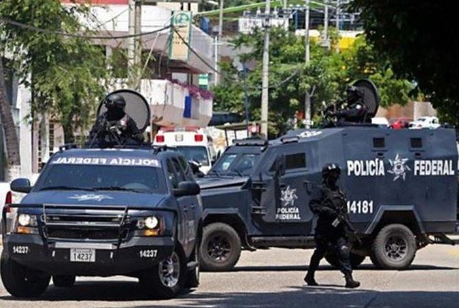 ВМексике милиция нашла такси, забитое обезглавленными телами