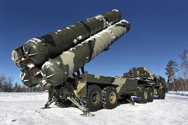 Источник поведал оразвертывании дивизиона С-400 награнице с государством Украина