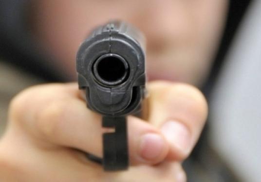 Школьник вСимферополе ранил вногу соученика изпневматического пистолета