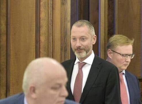 Порошенко исключил Ложкина изсостава государственного инвестиционного совета