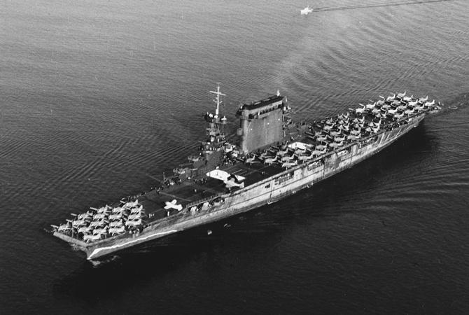 Упобережья Австралии обнаружили затонувший авианосец ВМС США