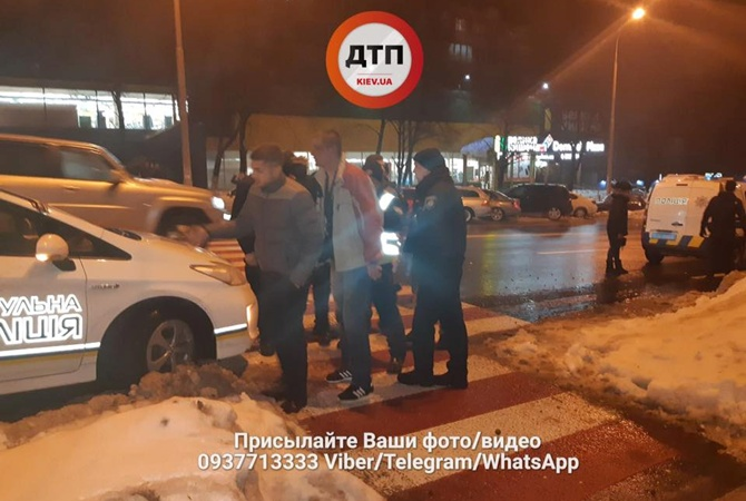 ВКиеве подрались несколько десятков человек, одному мужчине пробили голову