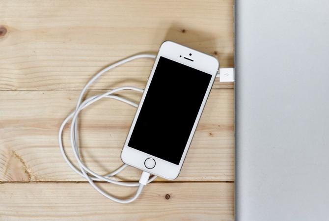 Опасный вирус выводит изстроя всевозможные мобильные телефоны на андроид