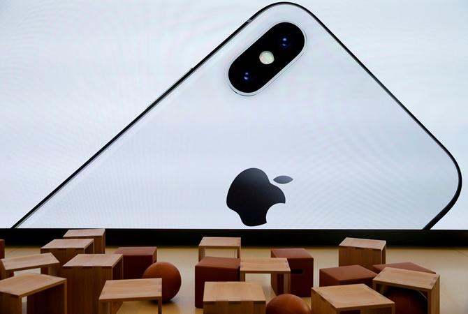 Apple работает над microLED дисплеями для Apple Watch иAR-гаджетов