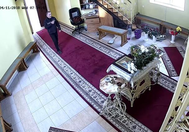 ВТернополе мужчина три раза перекрестился и«обчистил» церковь— господь простит