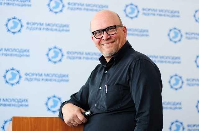 Роман Зварич стал народным депутатом ивошел вофракцию БПП